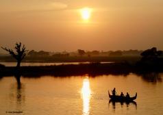 Mandalay: Taunghthaman Lake